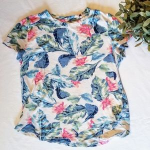 Girl's Abercrombie Hawaiian shirt